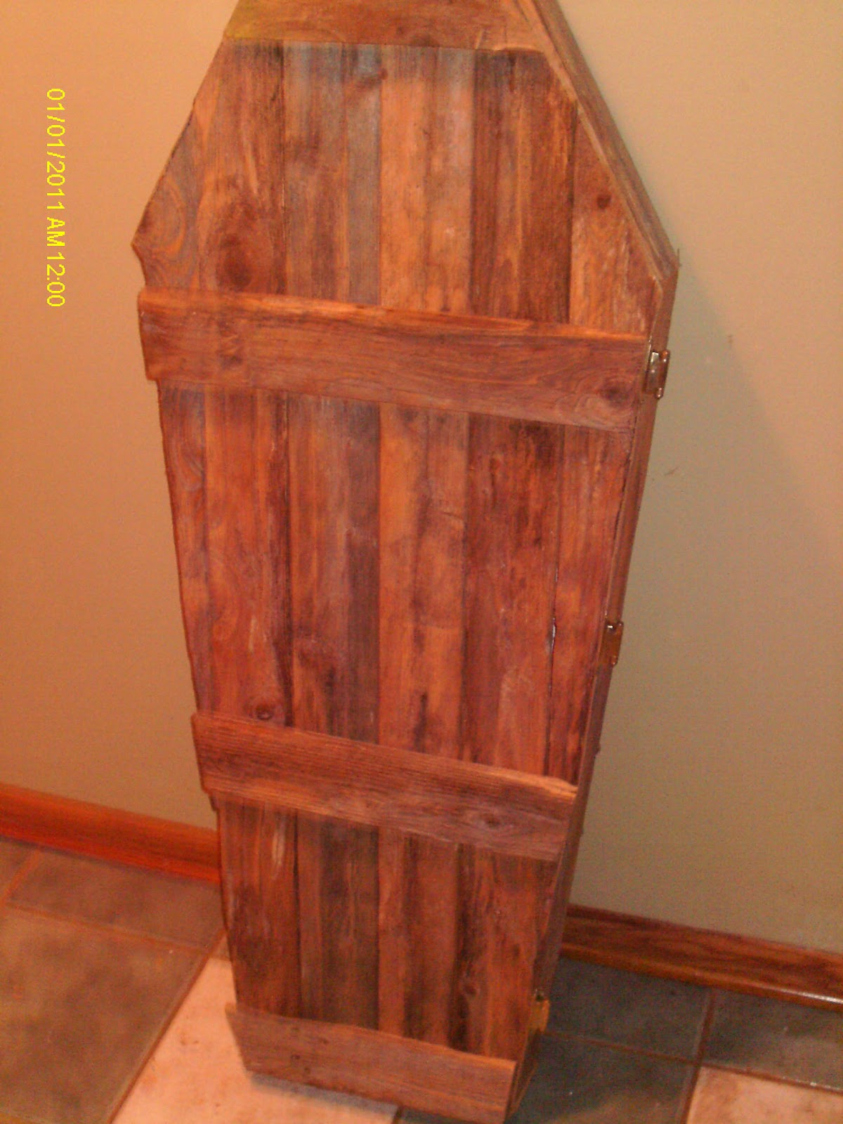 Handmade Rustic Log Furniture Its Almost Holloween Time