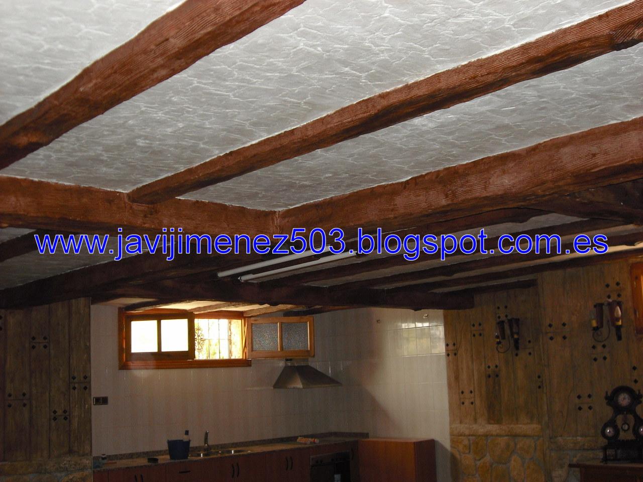 Piedras y maderas artificiales javier lude a tlf - Revestimientos para techos ...