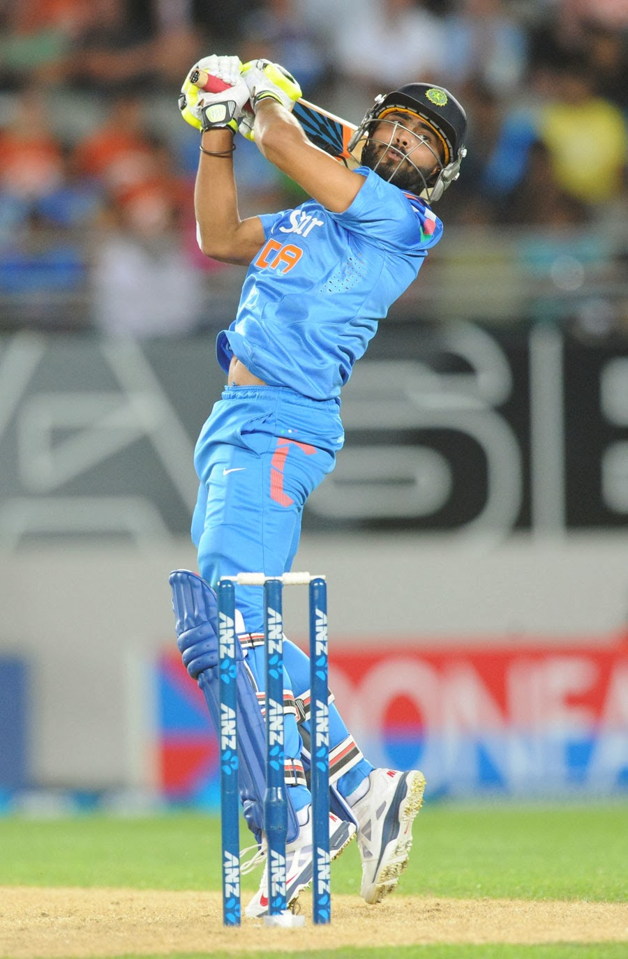 Ravindra-Jadeja-New-Zealand-vs-India-3rd-ODI-2014