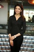 Pranitha latest dazzling photos-thumbnail-1