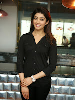 Pranitha Subhash latest Glam Pics in Black-cover-photo