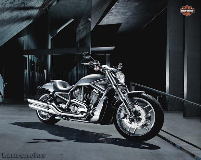 Harley-Davidson-12-v-rod-10th-anniversary-edition-bs
