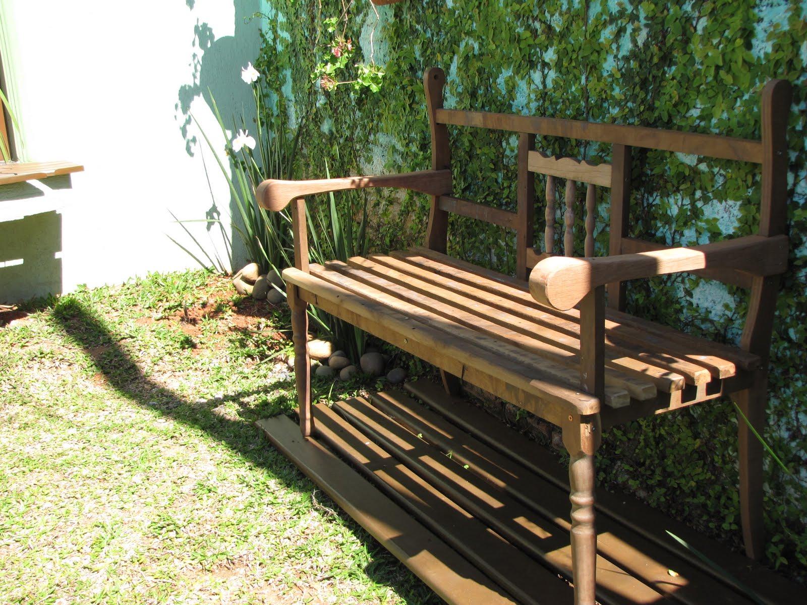 #9E8D2D mesmo banco de jardim: futons de tecido impermeável (que eu sei que  1600x1200 px como fazer mesa de madeira que vira banco @ bernauer.info Móveis Antigos Novos E Usados Online