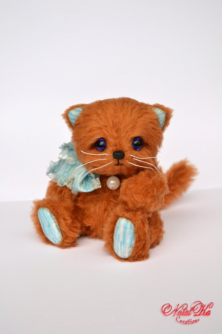 Künstler Teddy Katze von NatalKa Creations. Artist teddy cat handmade by NatalKa Creations