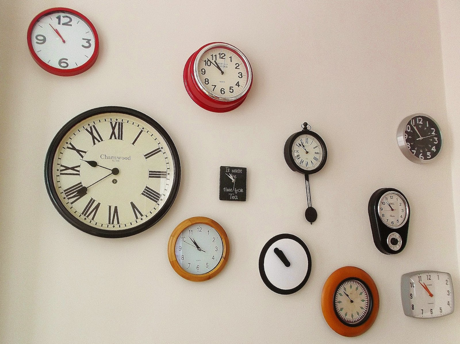 Interiors clock wall call me amy from left to right argos wilko gifted sainsburys lincoln christmas market red5 asda charity shop tesco asda tesco our clock wall amipublicfo Image collections