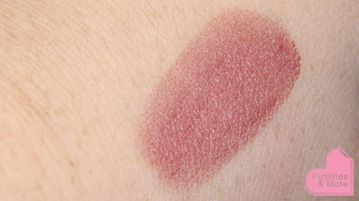 Mac lipstick Creme in your coffee, Mac Haul, mac, mac cosmetics, swatch, makeup and beauty blog, beauty blog, beauty channel, makeup guru, asian eyes, asian monolid, single lid, makeup tutorial, makeup reviews, product reviews, cosmetics, make up, makeup, maquillage, tuto, tutorial, tutoriel, yeux, asiatique, futilitiesandmore.blogspot.com, futilities and more, futilitiesandmore, futilitiesmore