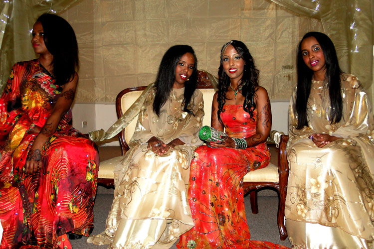 the gallery for somali wedding dress dirac