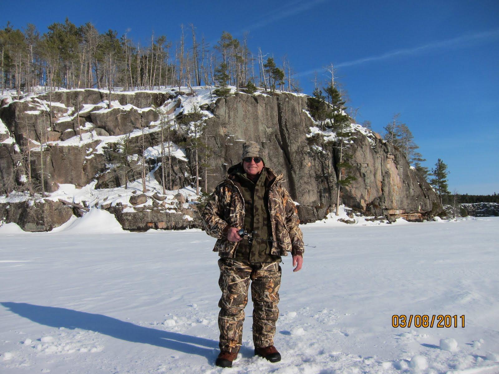 Eagle lake blog ice fishing with henry for Eagle lake texas fishing