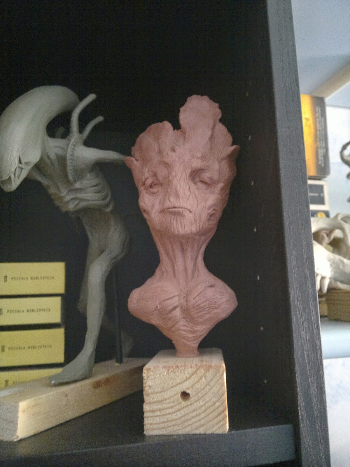 Young groot like bust