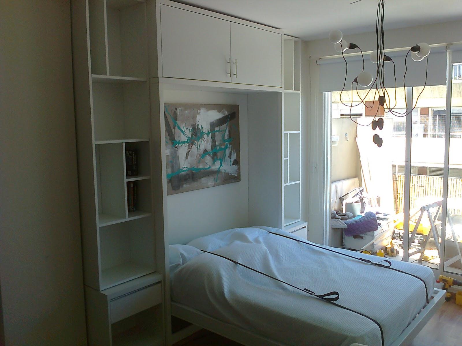 benjamin cama rebatible con mueble alrededor