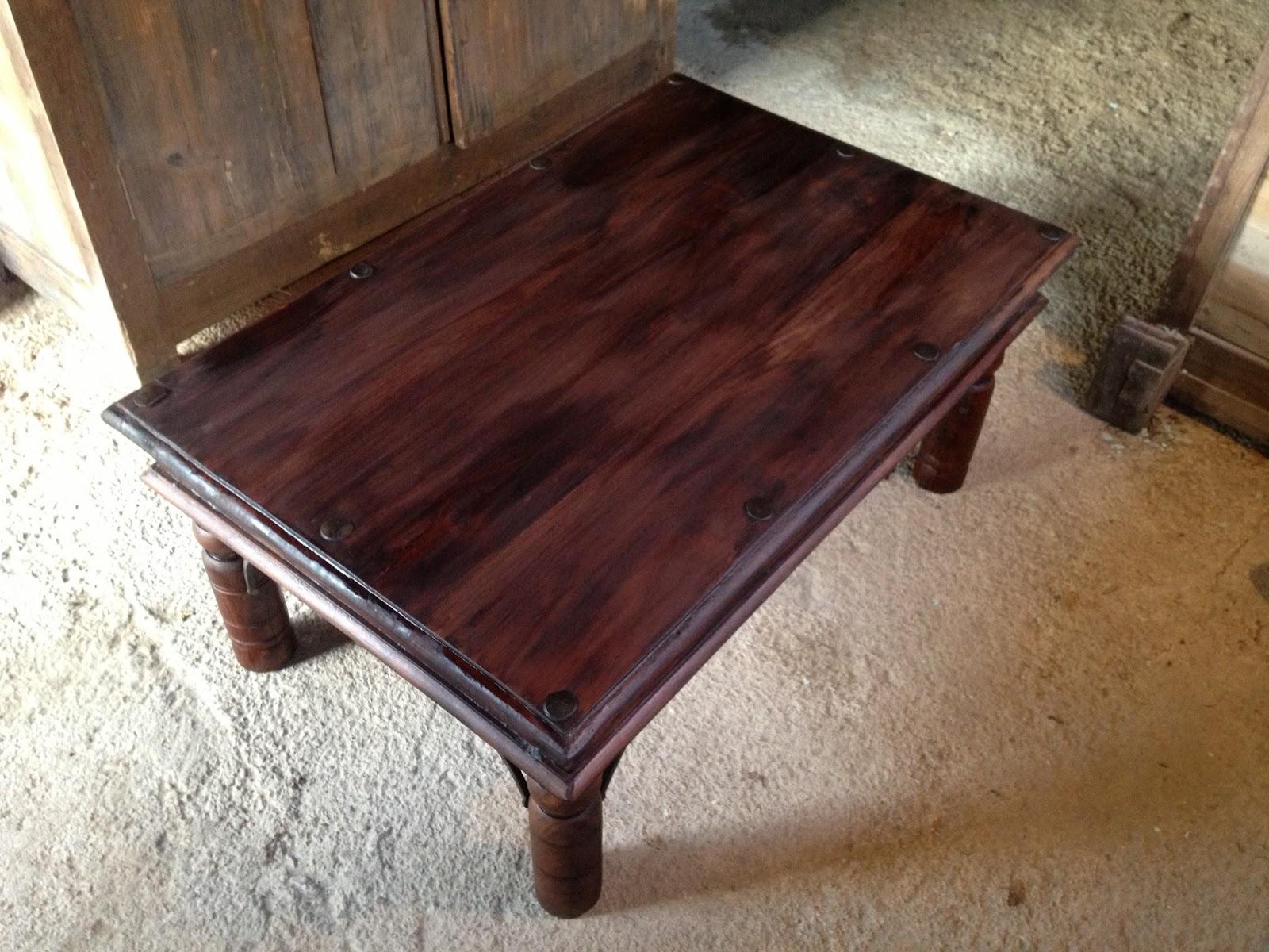 Mes r novations de meubles en bois r novation d 39 une table - Proteger une table en bois brut ...