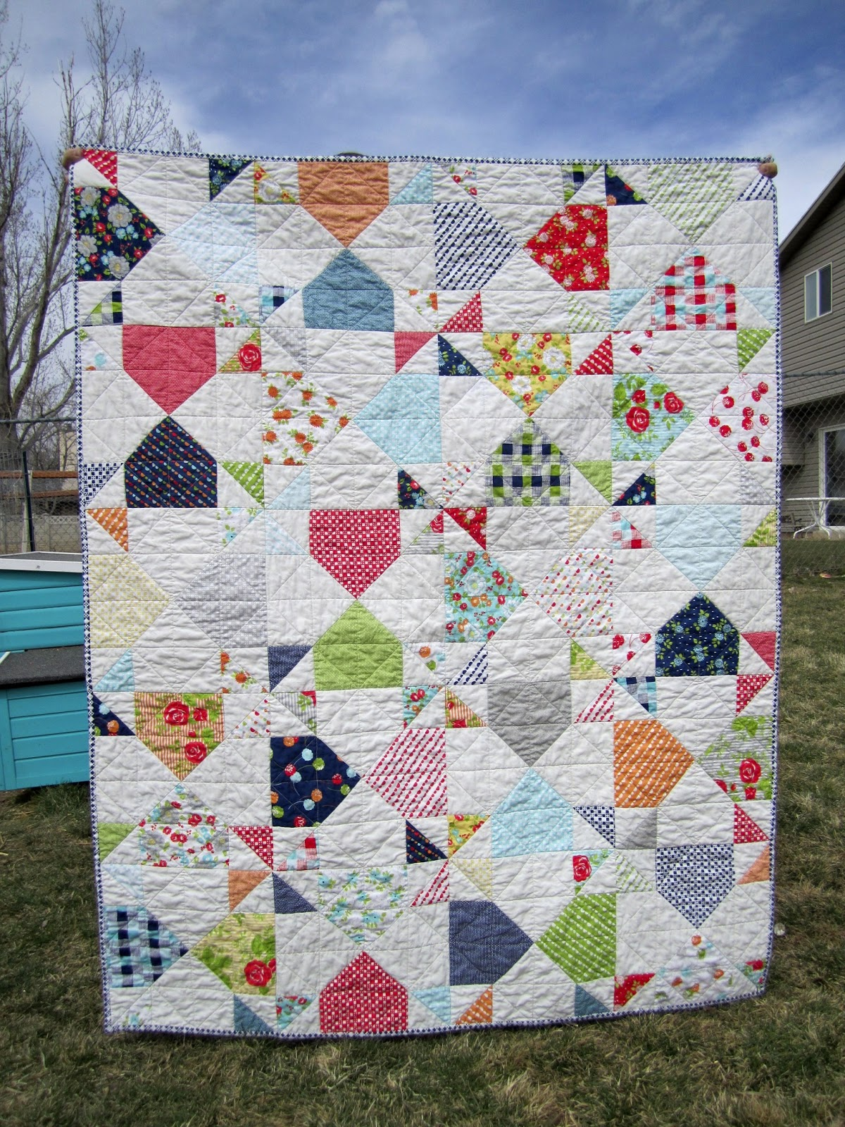 traceyjay quilts: Roundhouse - Finished and Published!