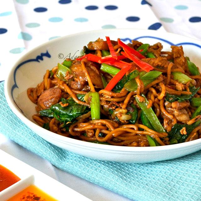 Adoras box fried egg noodles with pork and choi sum fried egg noodles with pork and choi sum forumfinder Gallery