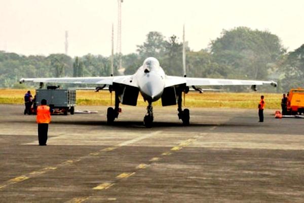 Jet Tempur TNI-AU. PROKIMAL ONLINE Kotabumi Lampung Utara