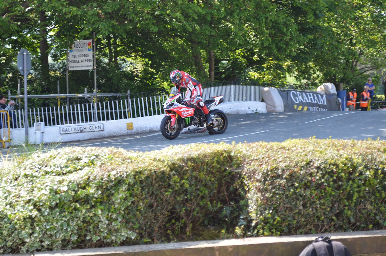 Ian Hutchinson en Ballaugh Bridge