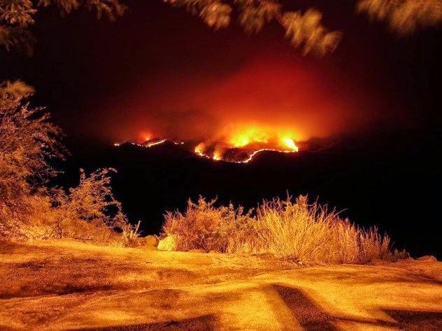6 Fenomena Api Abadi di Seluruh Dunia