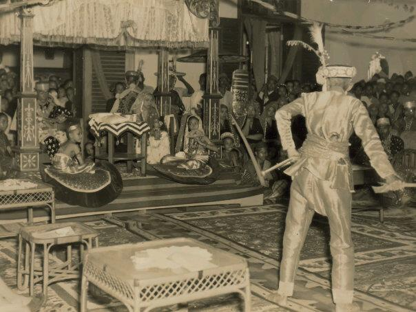 Download this Sultan Muhammad Djalaluddinsyah Iii Sumbawa picture