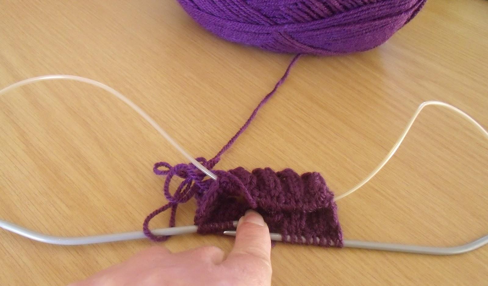 Knitting Mittens With Magic Loop : Janemactats magic loop knitting