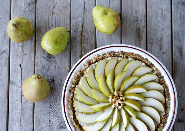 Vegan Coconut-Pear Tart