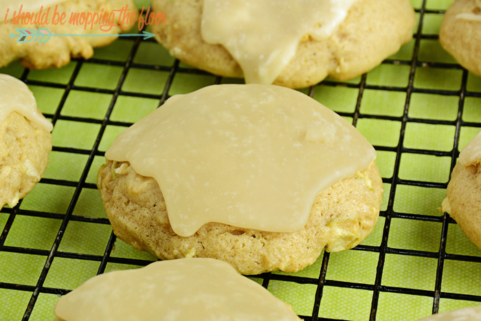 Glazed Caramel Apple Cookies with Two Icing Options | The perfect fall cookie...either with a praline-like glaze or a cake-like frosting! Delicious.