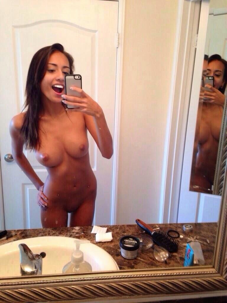 селфи фото красивых голых девушек