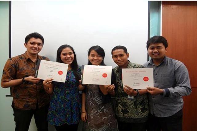 Alumni pada Tempat Kursus Website, SEO, Desain Grafis Favorit 2015 di Jakarta