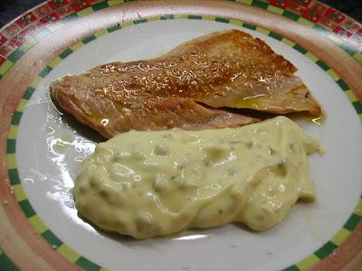Filete De Salmón Salvaje A La Salsa Mayonesa Tártara