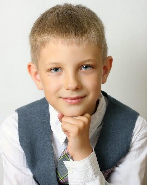 Савельев Виктор