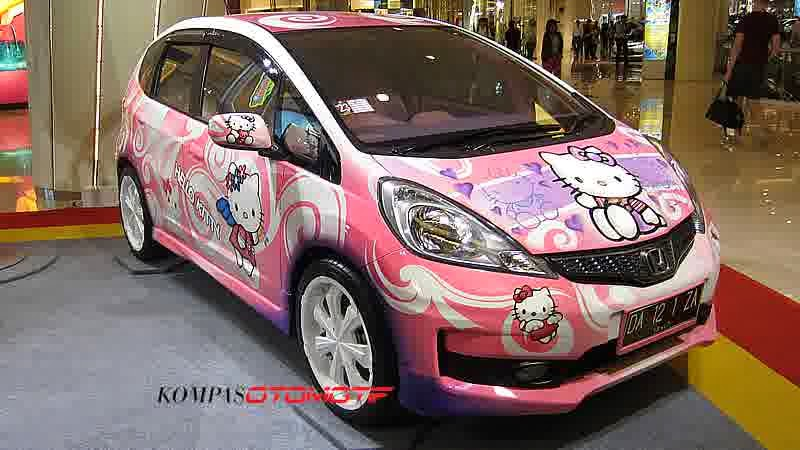 Modifikasi Honda Jazz Hello Kitty Terbaru