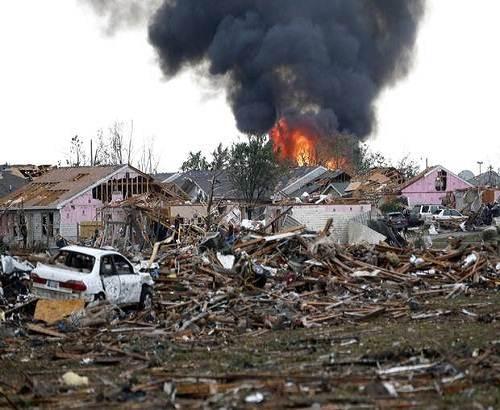 Moore_oklahoma_tornado_picture