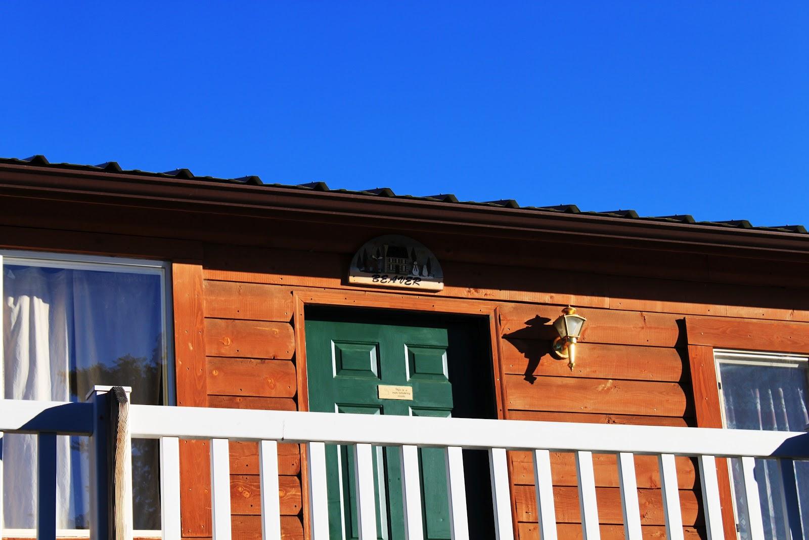 Rental cabins at fish lake utah beaver 6 person deluxe for Fish lake cabin
