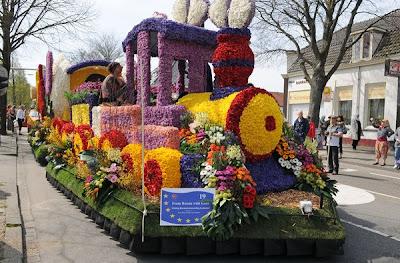 حديقة كيوكينهوف Keukenhof أكبر و أجمل حديقة أزهار في العالم. 7