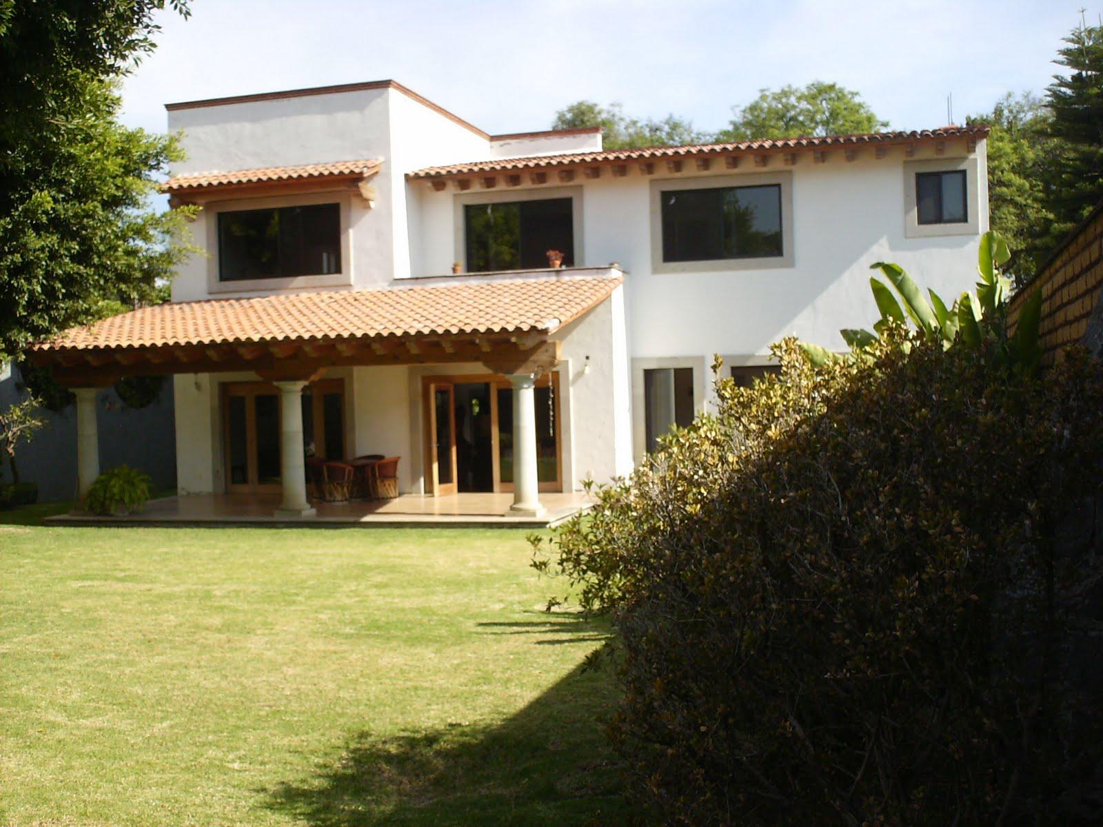 Cuernavaca bienes ra ces hermosa casa tipo hacienda zona for Estilos de jardines para casas