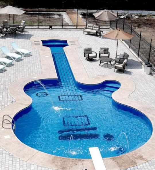 diseño piscina guitarra