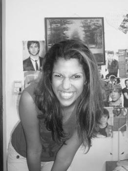 Cuando la vida te presente razones para llorar, demuéstrale que tienes mil y una razones para reír.