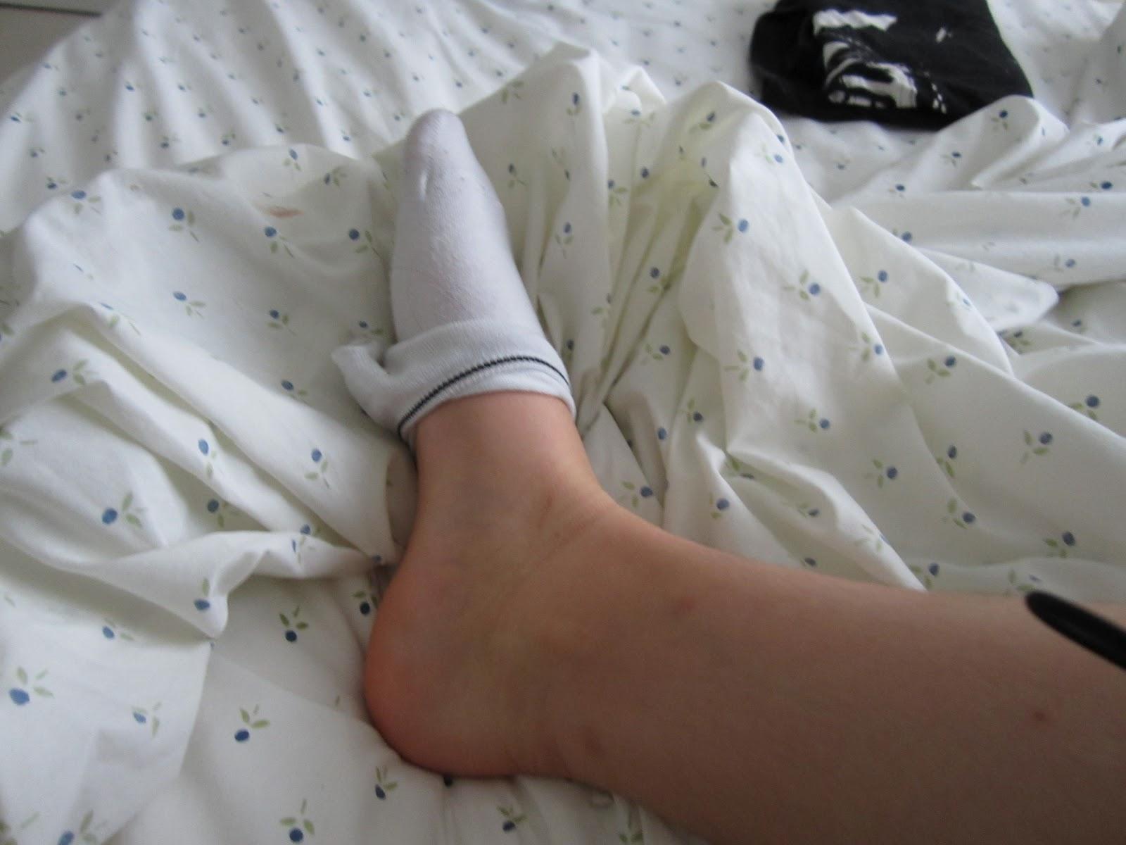 lesbian foot pics Free big tit lesbians pics.
