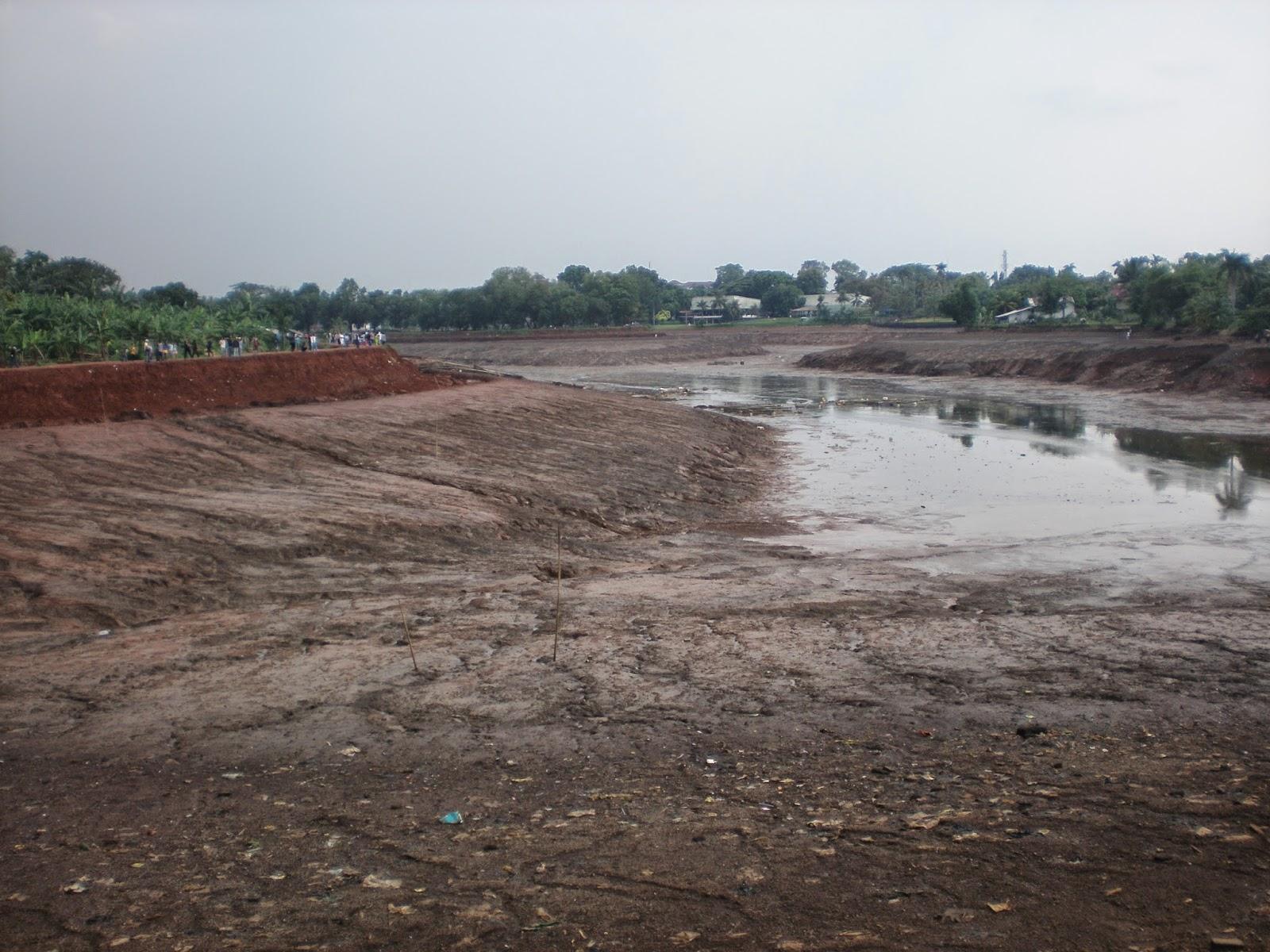 http://hendrasuhendra176.blogspot.com/2014/05/mengenang-tragedi-situ-gintung.html