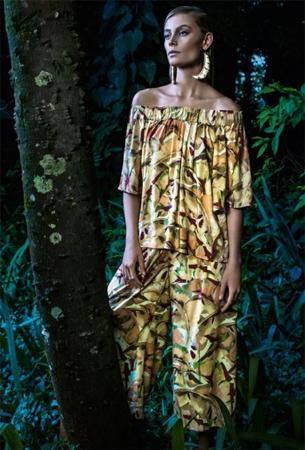 Água de Coco roupa feminina inverno 2015 blusa ciganinha e calça estampada