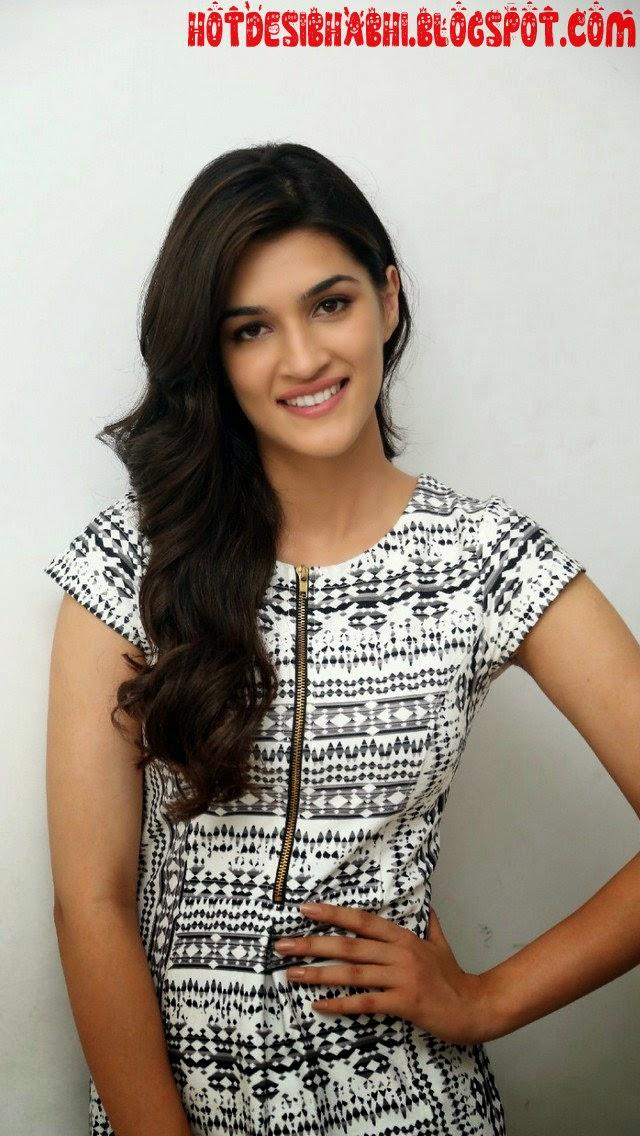 Kriti Sanon Latest Sexy Pics