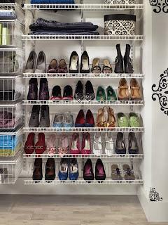Tempat Penyimpanan Sepatu Kreatif dan Menarik