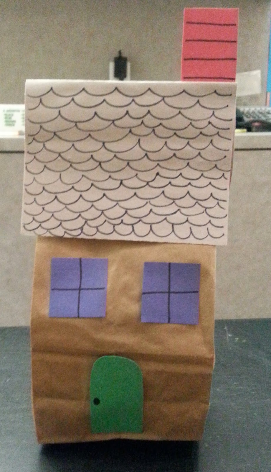 Miss barbara at the library houses homes storytime our craft this week was simple but very fun a paper bag house we used magazine paper to stuff our houses then colored accents and glued on the roof jeuxipadfo Image collections