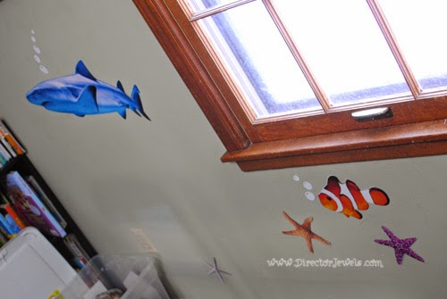 Fish Swimming | Octonauts Birthday Party Decoration Ideas | Under the Sea Ocean Decor at directorjewels.com