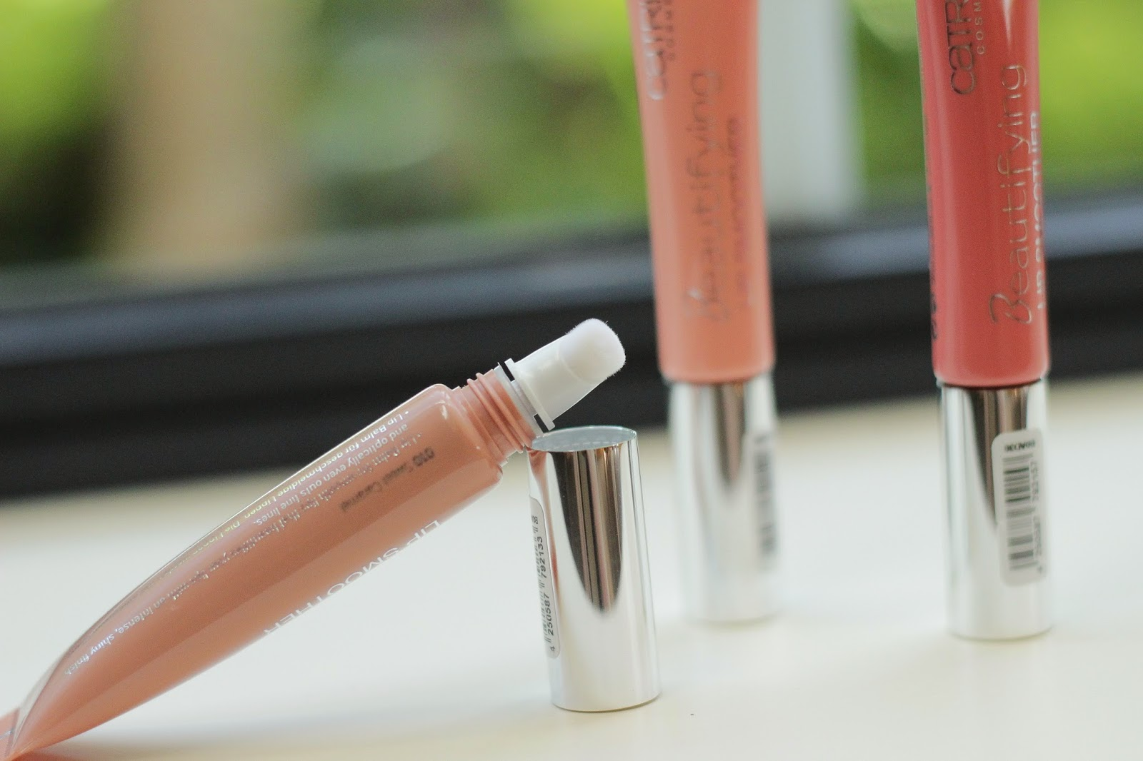 review swatches catrice beautifying lip smoothers