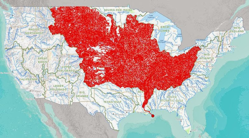 40 Maps That Will Help You Make Sense of the World - The 7000 Rivers that Feed into the Mississippi River