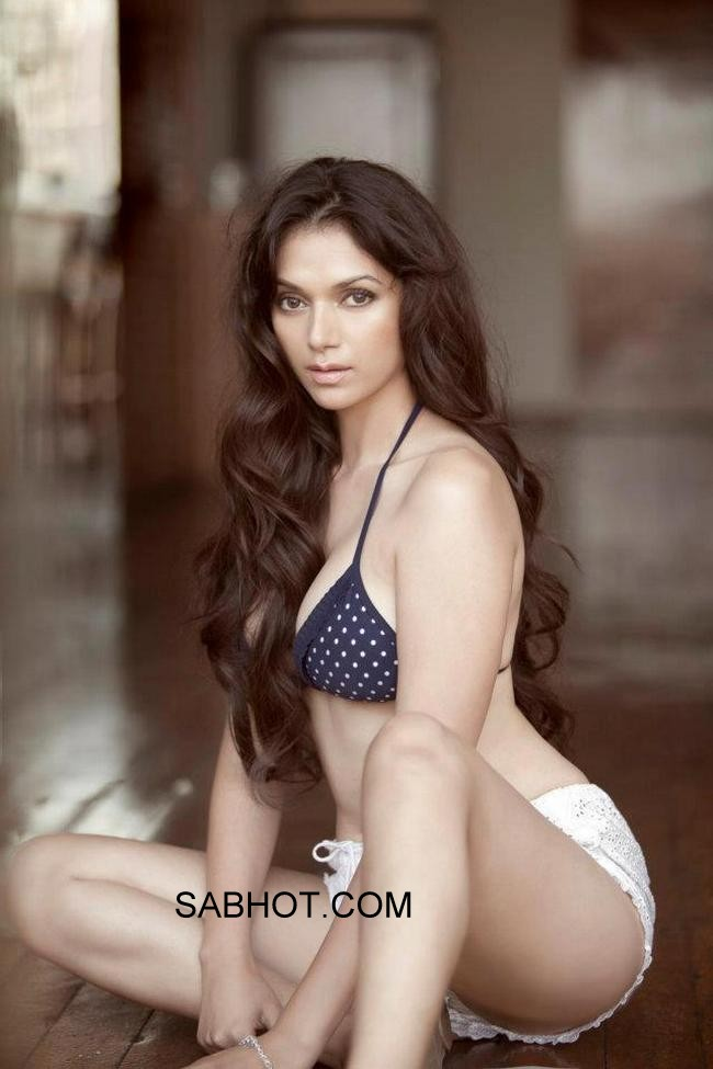 Aditi rao in a blue and white polka dot bikini and white shorts - Aditi Rao Hydari bikini pics