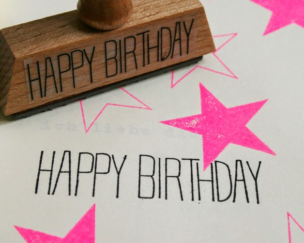 http://de.dawanda.com/product/44921698-Typo-Happy-Birthday?partnerid=de_GA2-PLA-C14&gclid=Cj0KEQiAu_GmBRDhtK-kzqKcuJwBEiQAJvB8nwTkS4XEDRiYzJtZf9Zwn3_ETvFTE0Z5e403mzZBNo0aAvtm8P8HAQ