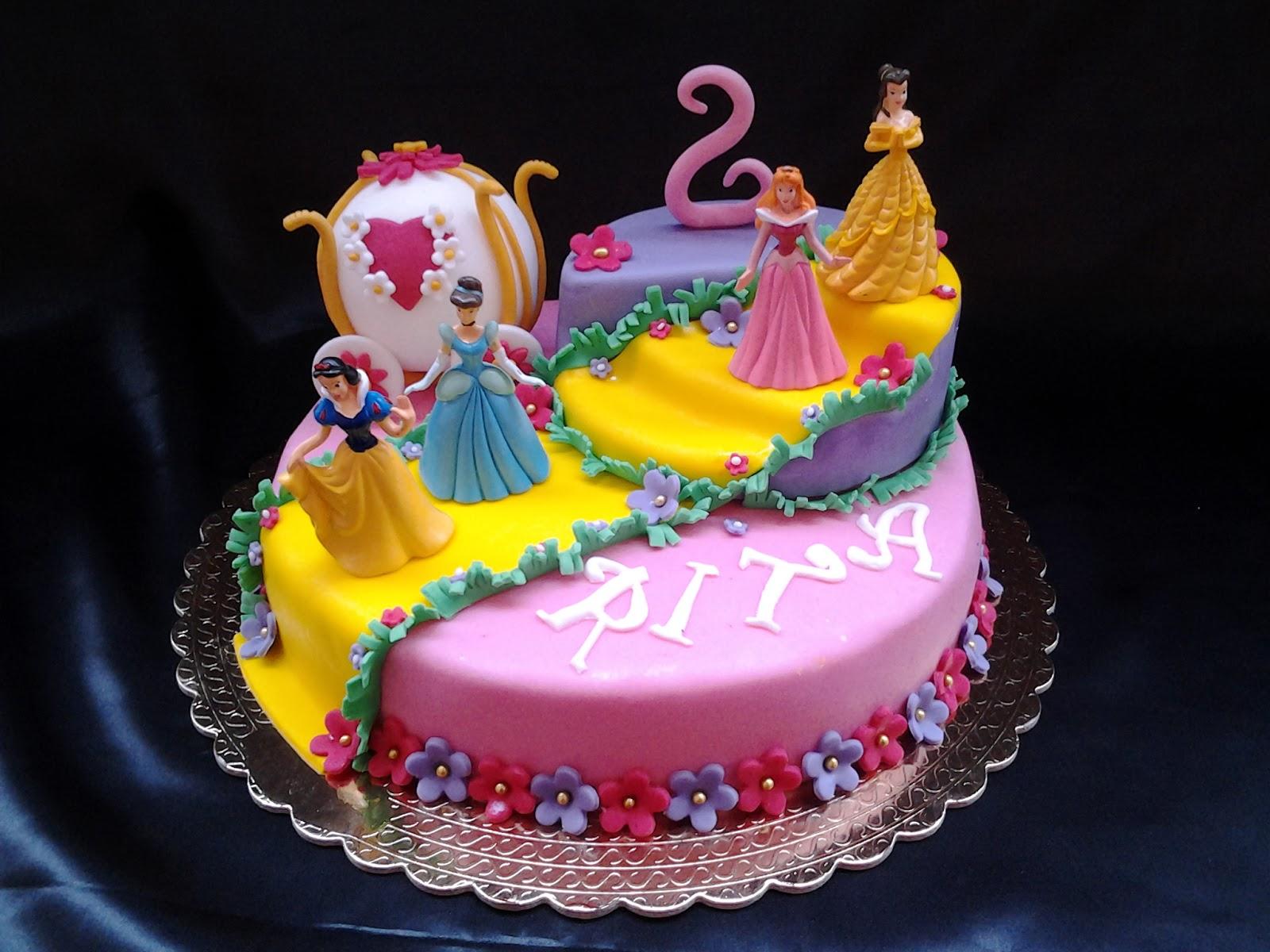 Cake Design Principesse Disney : Sapore di Vaniglia: Torta Principesse Disney
