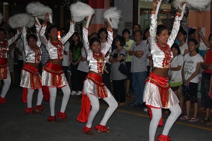 The Sri Lankan Dancers