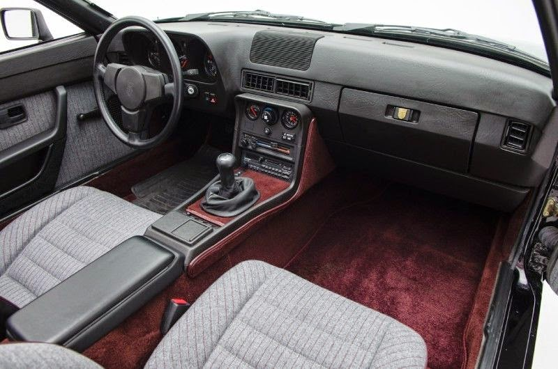 Daily turismo 5k special ed 1988 porsche 924s lemans for Porsche 924 interieur