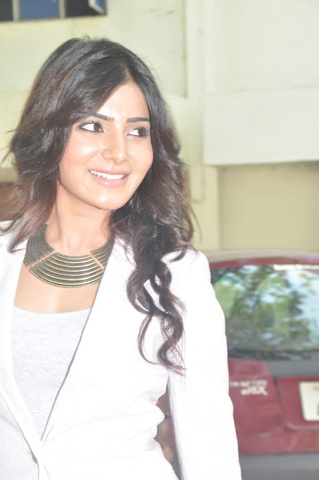 samantha new @ eega press meet unseen pics